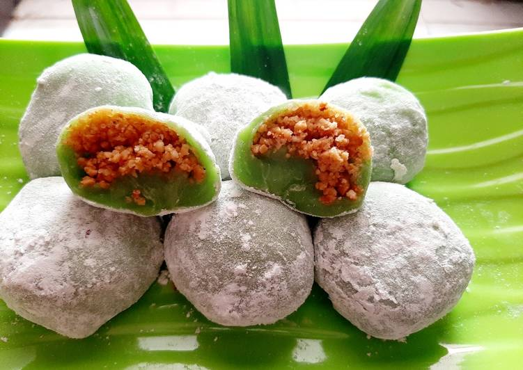 Resep Mochi pandan isi kacang