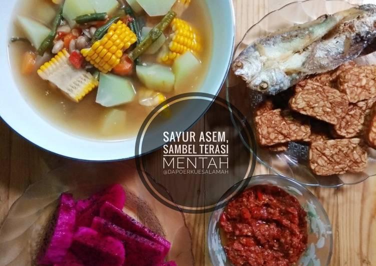 Resep Sayur Asem, Sambel Terasi Mentah, ikan asin, tempe goreng