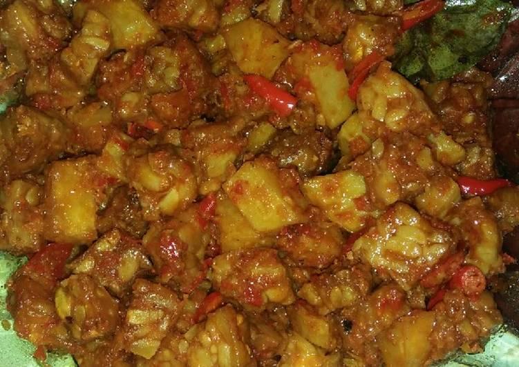 Resep Orek tempe&kentang basah