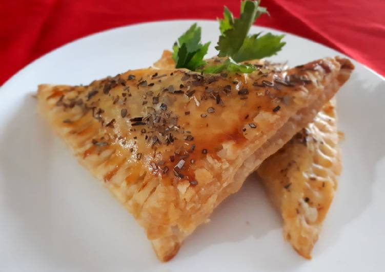 Resep Chicken Curry Puff Pastry