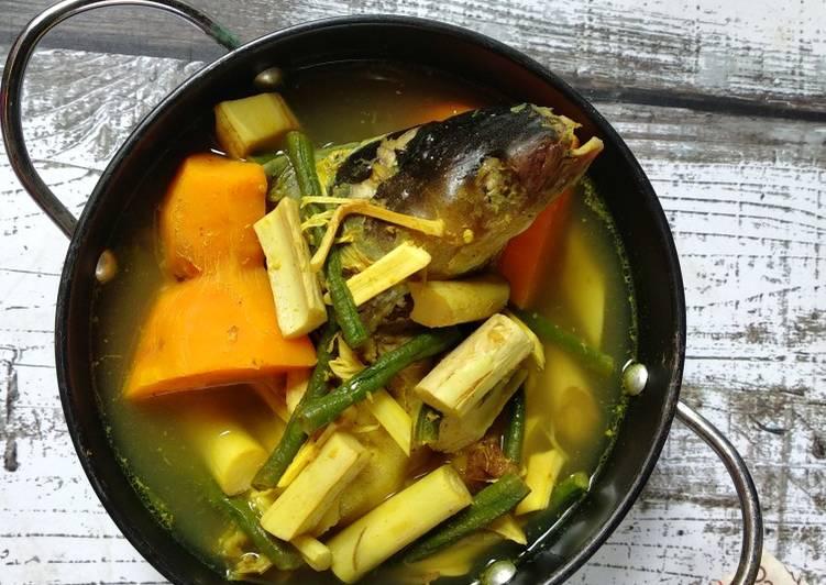 Resep Juhu Singkah Uwei Laok patin / Sayur Umbut Rotan Ikan Patin
