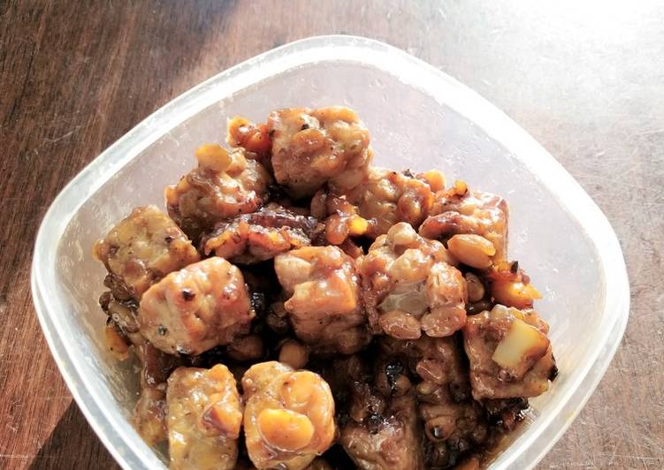 Resep Tempeh with sweet soy sauce