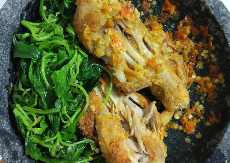 Resep Ayam tepung penyet sambel bawang