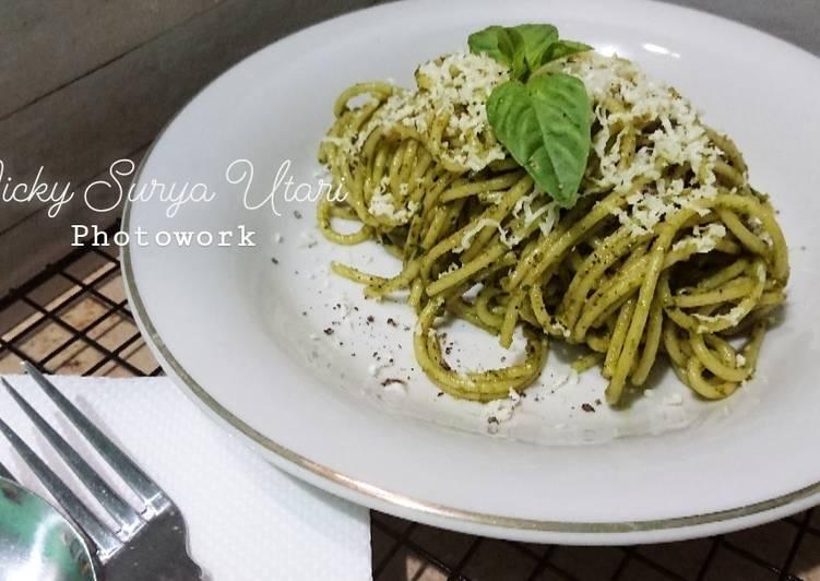 Resep Almond Pesto Spaghetti (Versi Keju Cheddar)