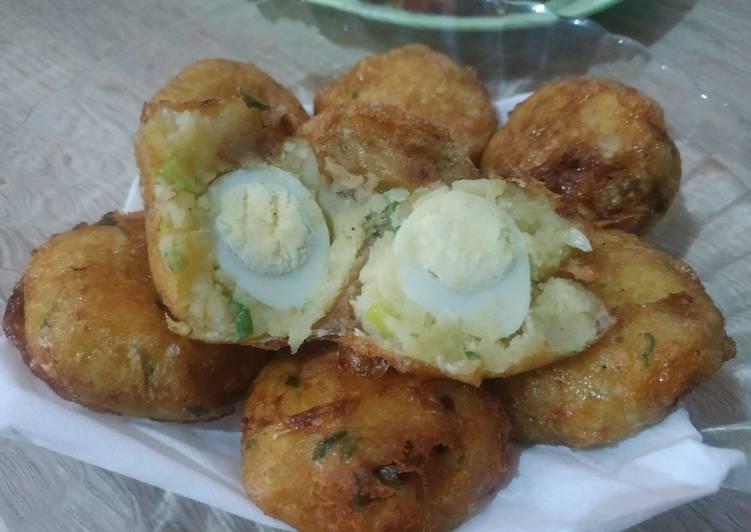 Resep Perkedel kentang isi telur puyuh