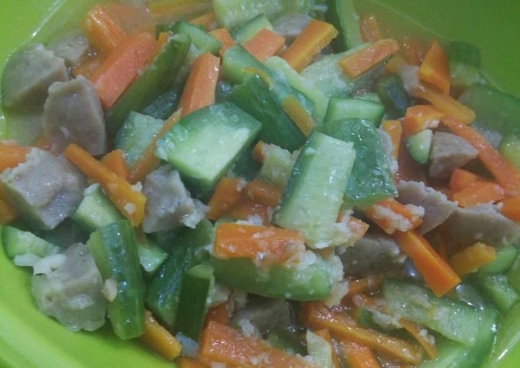 Resep Tumis acar wortel, timun, baso