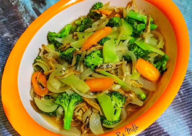 Resep 1Bonggol Brokoli Tumis Anchovies