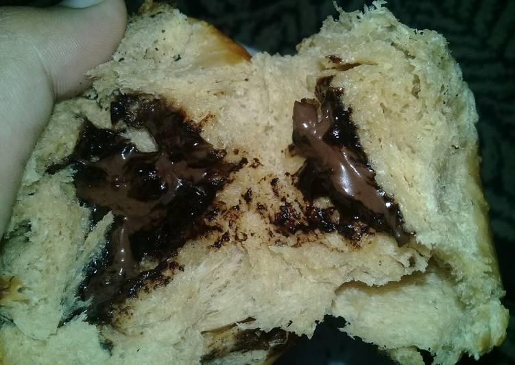 Resep Roti Sobek Cokelat isi Cokelat Endesss