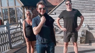 NuovaMission: Impossibleper Tom Cruise: atterra a sorpresa nel giardino di una famiglia inglese
