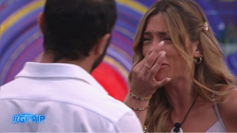 """Soleil Sorge e Gianmaria Antinolfi, il duro confronto: """"Come c***o ti permetti di parlare di me così?"""""""