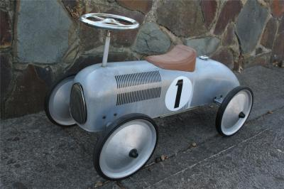 TIN Tether Car RIDE ON TOY Reproduction VINTAGE Style CAR ...