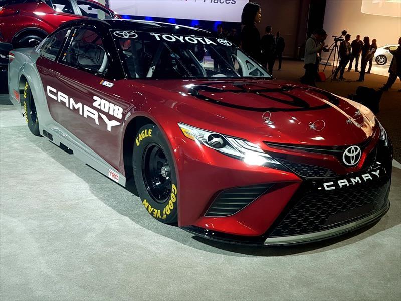 Camry 2017 Toyota Nascar