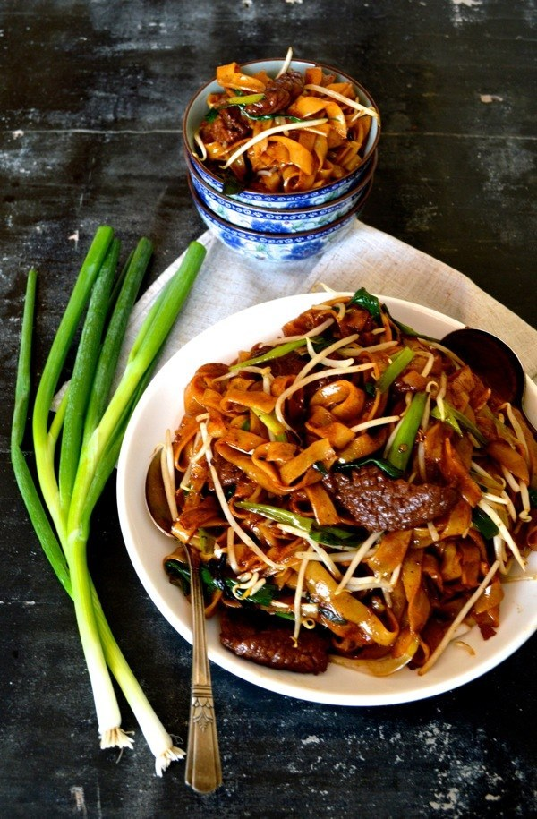 Noodle Chicken Mein Chow Rice And Dry