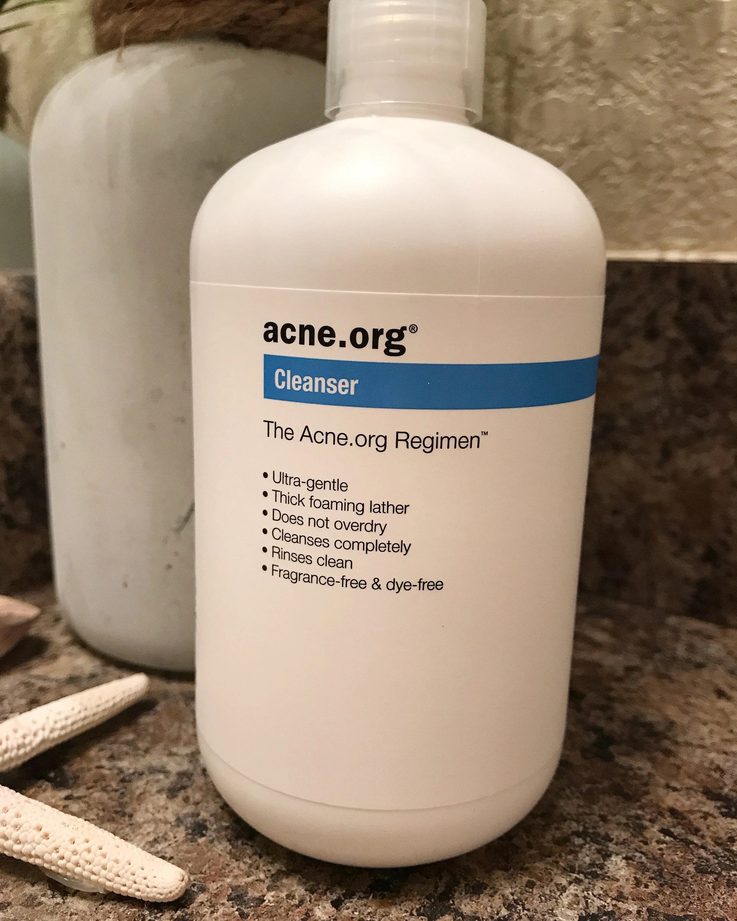 The Holy Grail Acne Healing Products  The benzoyl peroxide makes my face feel so amazingly smooth  It feels like  the best make up primer  and sometimes in the mornings I will skip my  moisturizer