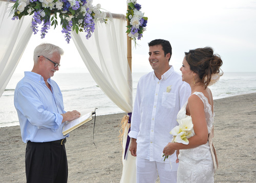 Ways of Officiating Weddings with Style   EverAfterGuide 4 Steps to Officiate a Wedding with Style