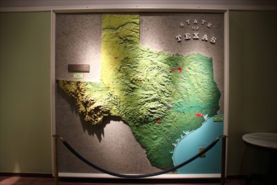 Relief Topographical Map of Texas    Texas Memorial Museum     Relief Topographical Map of Texas    Texas Memorial Museum  University of  Texas  Austin TX   3D Map Models of Our World and Beyond on Waymarking com