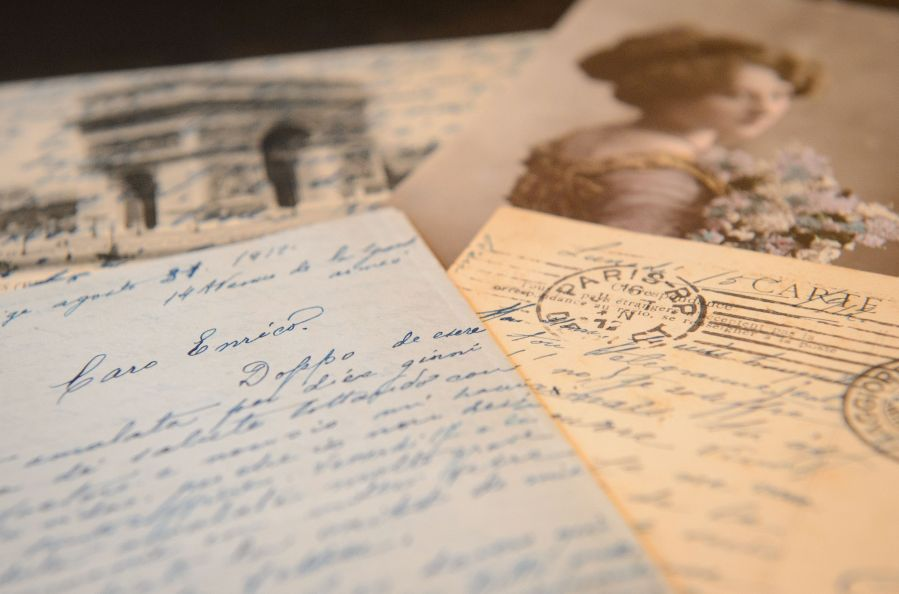 These Beautiful Handwritten Love Letters Will Leave You Swooning     LEON NEAL via Getty Images