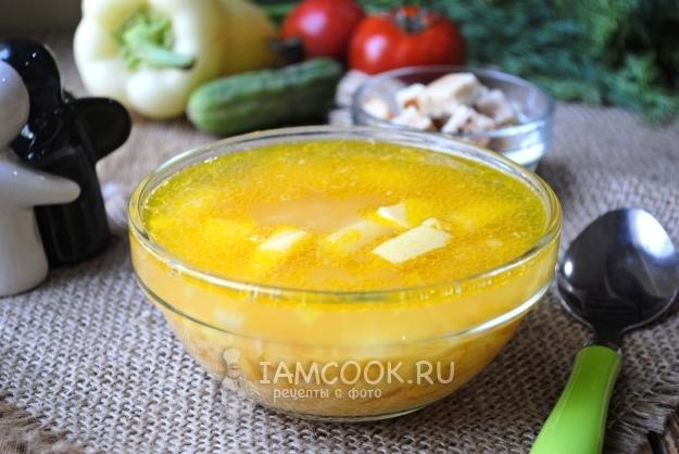 Resep untuk sup kacang klasik dengan ayam