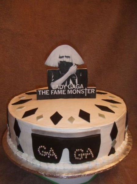 Birthday Cakes In Honor Lady Gaga 25 Pics Izismile Com