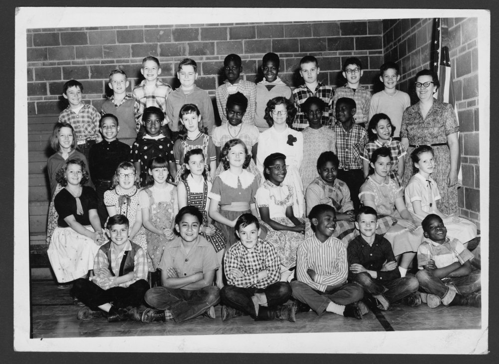 Fifth grade students at Belvoir Grade School in Topeka ...