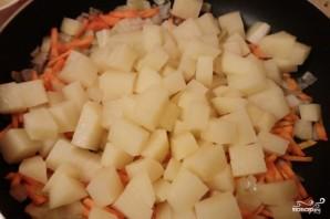Тушеная картошка с капустой - фото шаг 3