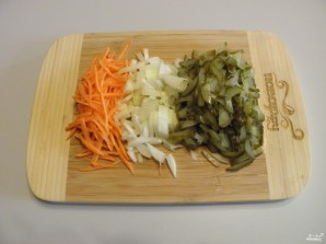 Pickle with barley and salty cucumbers - Photo Step 3