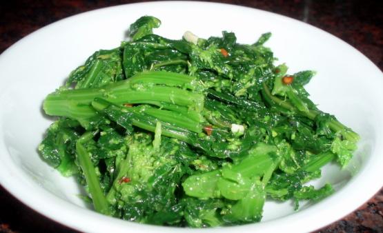 Garlicky Broccoli Rabe Recipe Healthy Genius Kitchen