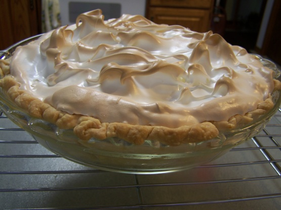 Old Fashioned Sour Cream Raisin Pie Recipe Genius Kitchen