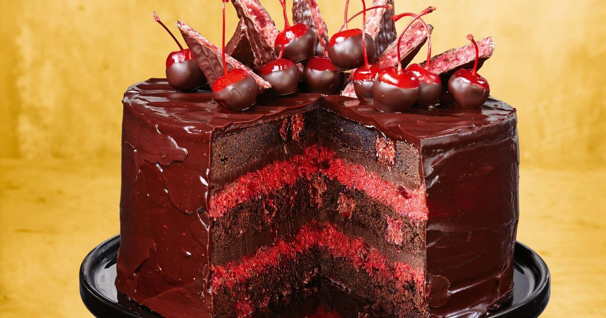 Cherry Ripe Brownie Cake