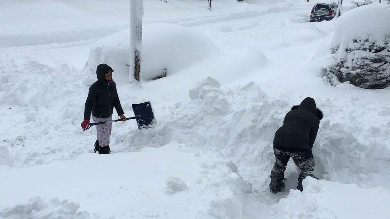 Erie Pennsylvania Battling Insane Snow Emergency