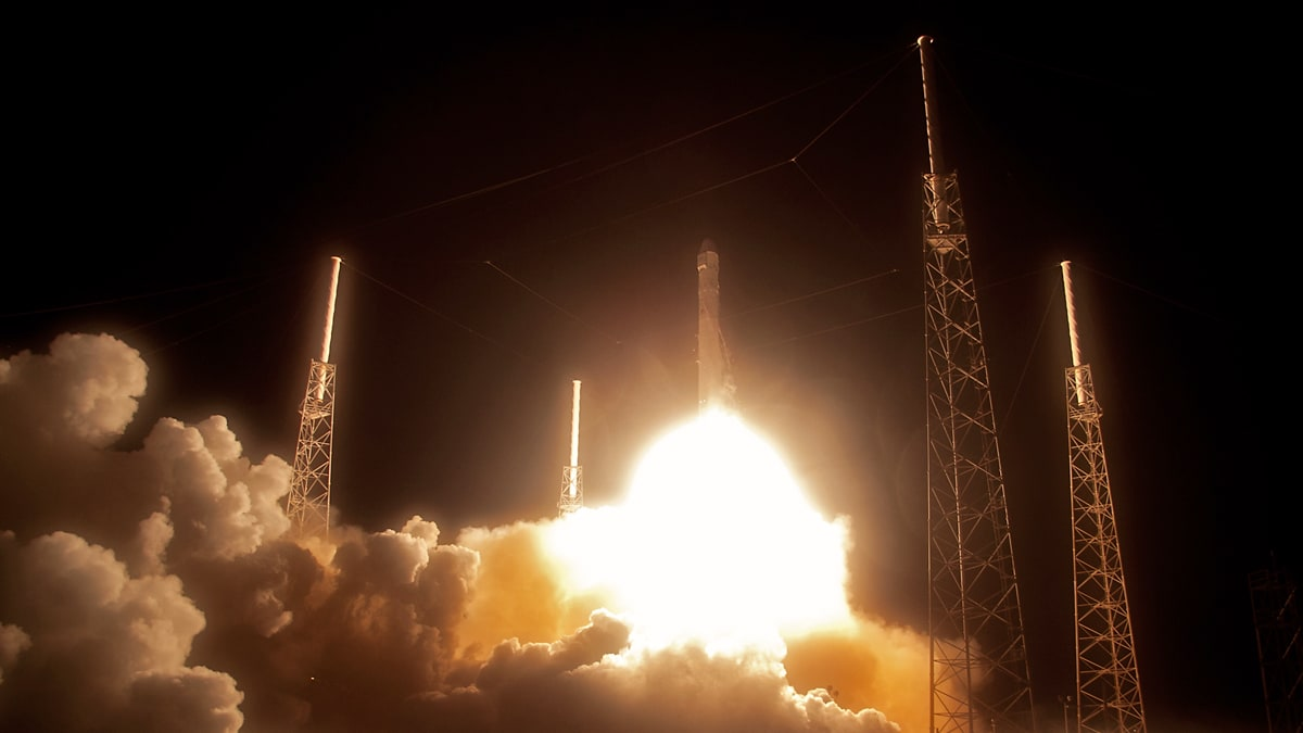 11 Cool Facts About Spacex Dragon Microsoft Investments