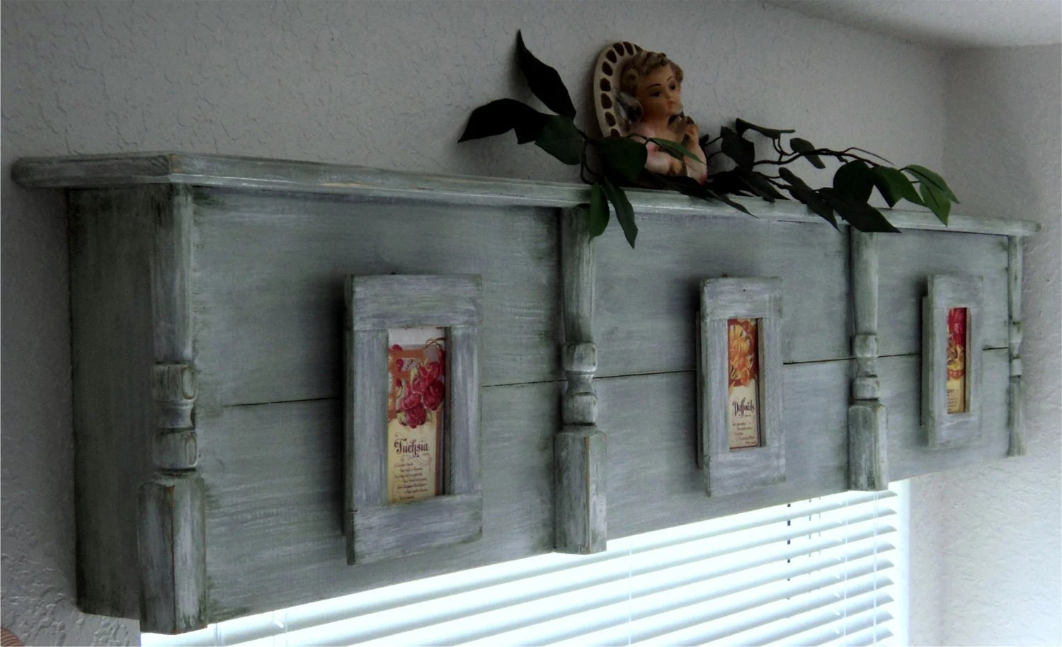 Reserved For Valry Fetrow Wooden Cornice Primitive Picture