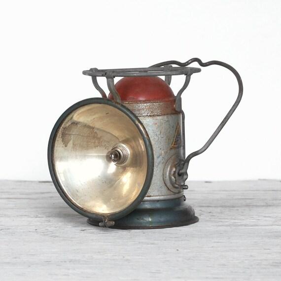 Antique Lanterns Battery