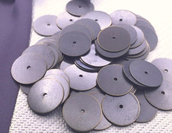50 pcs 16 mm Antique middle Hole Round Connectorstags