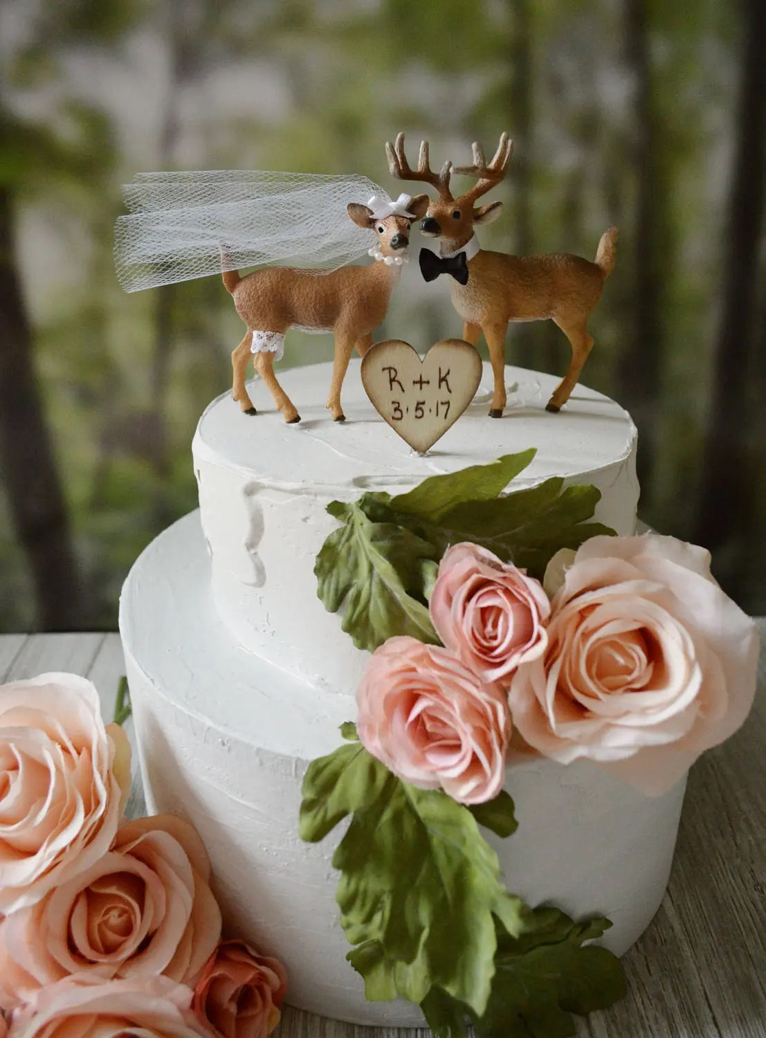 Deer wedding cake topper woodland animal country Mossy Oak hunting     Deer wedding cake topper woodland animal country Mossy Oak
