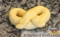 Фото приготовления рецепта: Способы формирования булочек - шаг №7