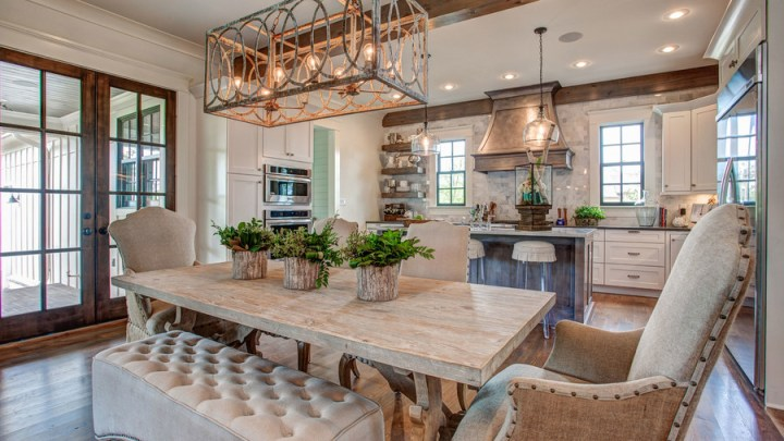 Open Floor Plans We Love   Southern Living Light Comfy Bench Wood Table