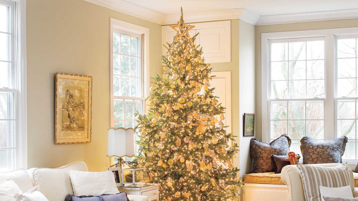 Living Southern Decorating Holiday