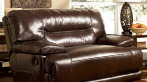 Signature Design By Ashley Venice Wide Recliner Reviews