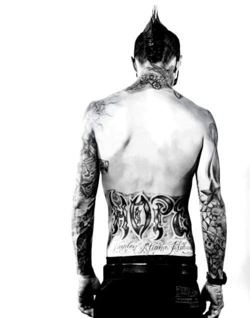 travis barker tattoos - 650×827