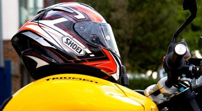 Buy Motorcycle Helmet >> Motorcycle Helmets How To Buy The Best Motorcycle Helmet Inspire