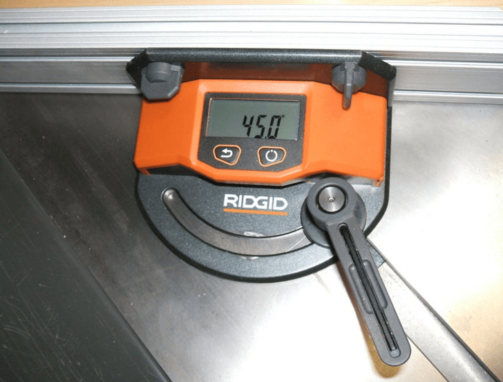 Digital Miter Gauge