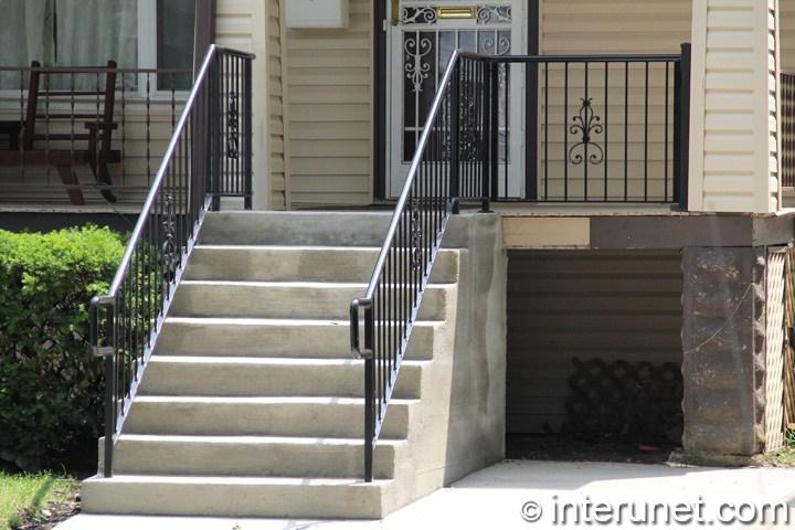 Wood Porch Concrete Steps Steel Railing Combination Interunet | Railing For Concrete Porch | Residential | Paver Patio | Hand | Flagstone Porch | Repair