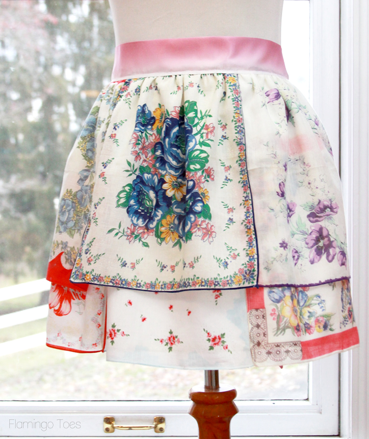 Vintage Handkerchief Free Apron Pattern Allfreesewing Com