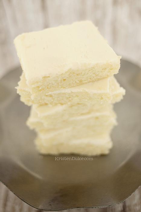 Fudgy Vanilla Brownies Thebestdessertrecipes Com