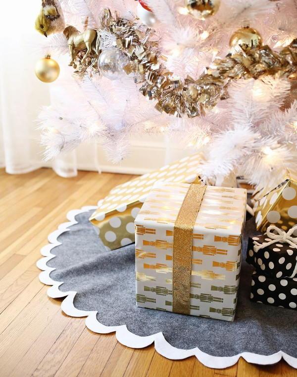 Christmas Tree Machine Embroidery