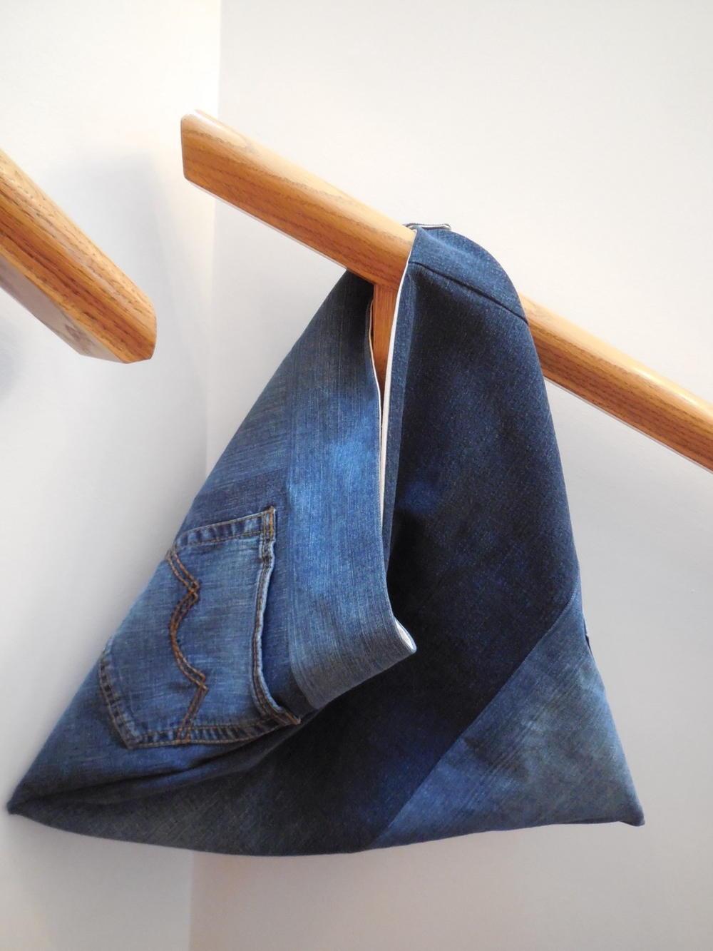 Denim Triangle Bag Pattern Favequilts Com