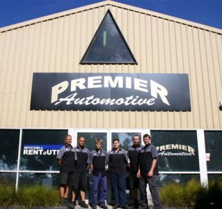 Automotive Servicing   Mitchell premier automotive business office with staff