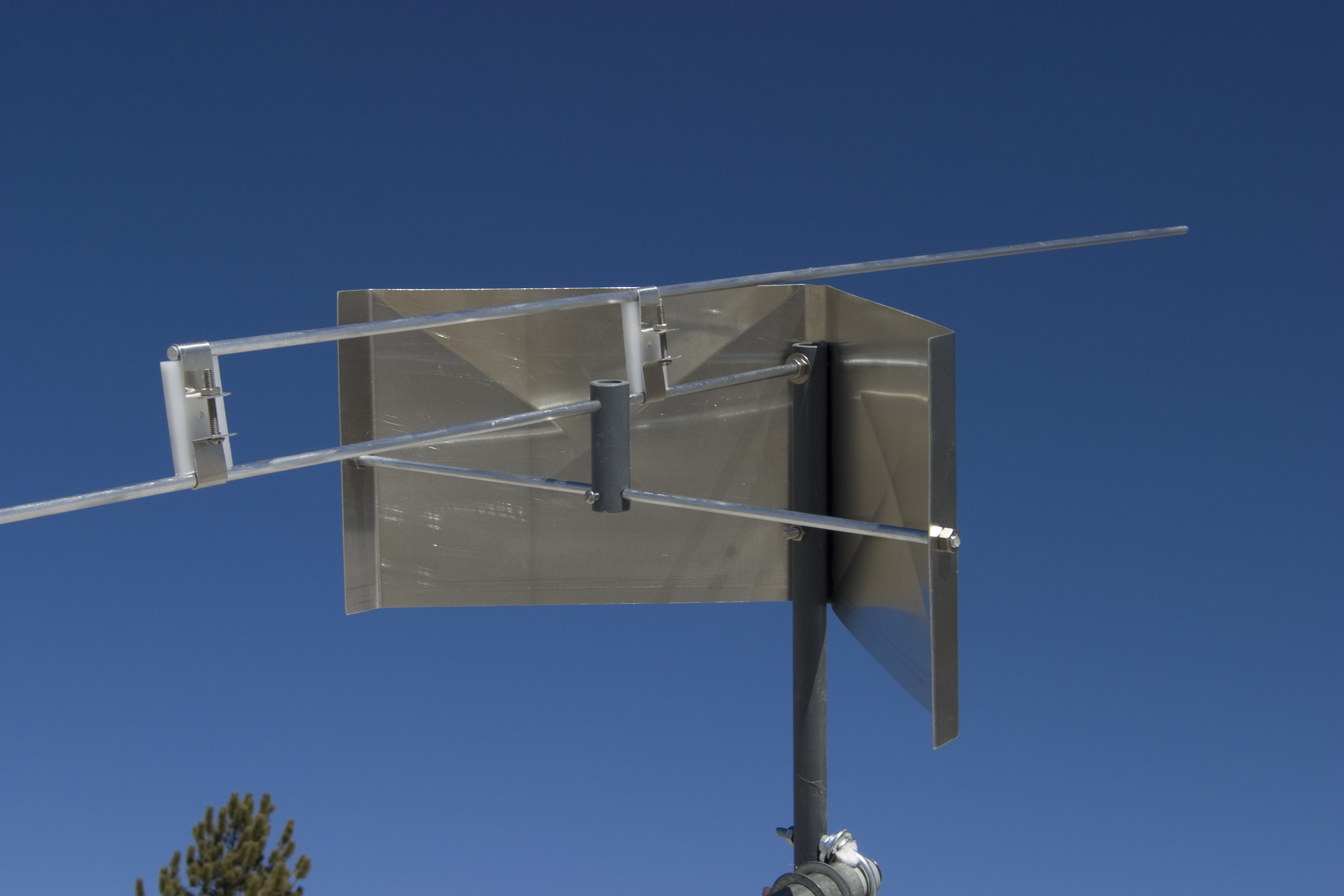 Product Photos Page 1 Isotron Antennas The Hf