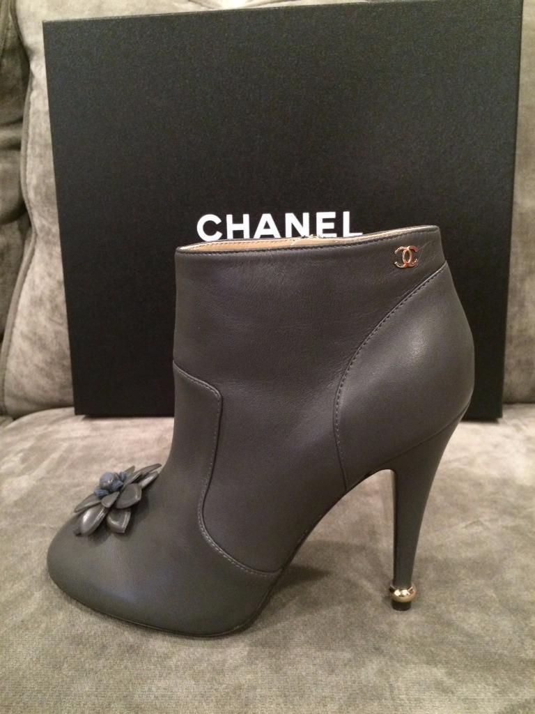 f13fc0529e9a Chanel Grey Leather Camellia Flower Ankle Heels 39 Boots/booties